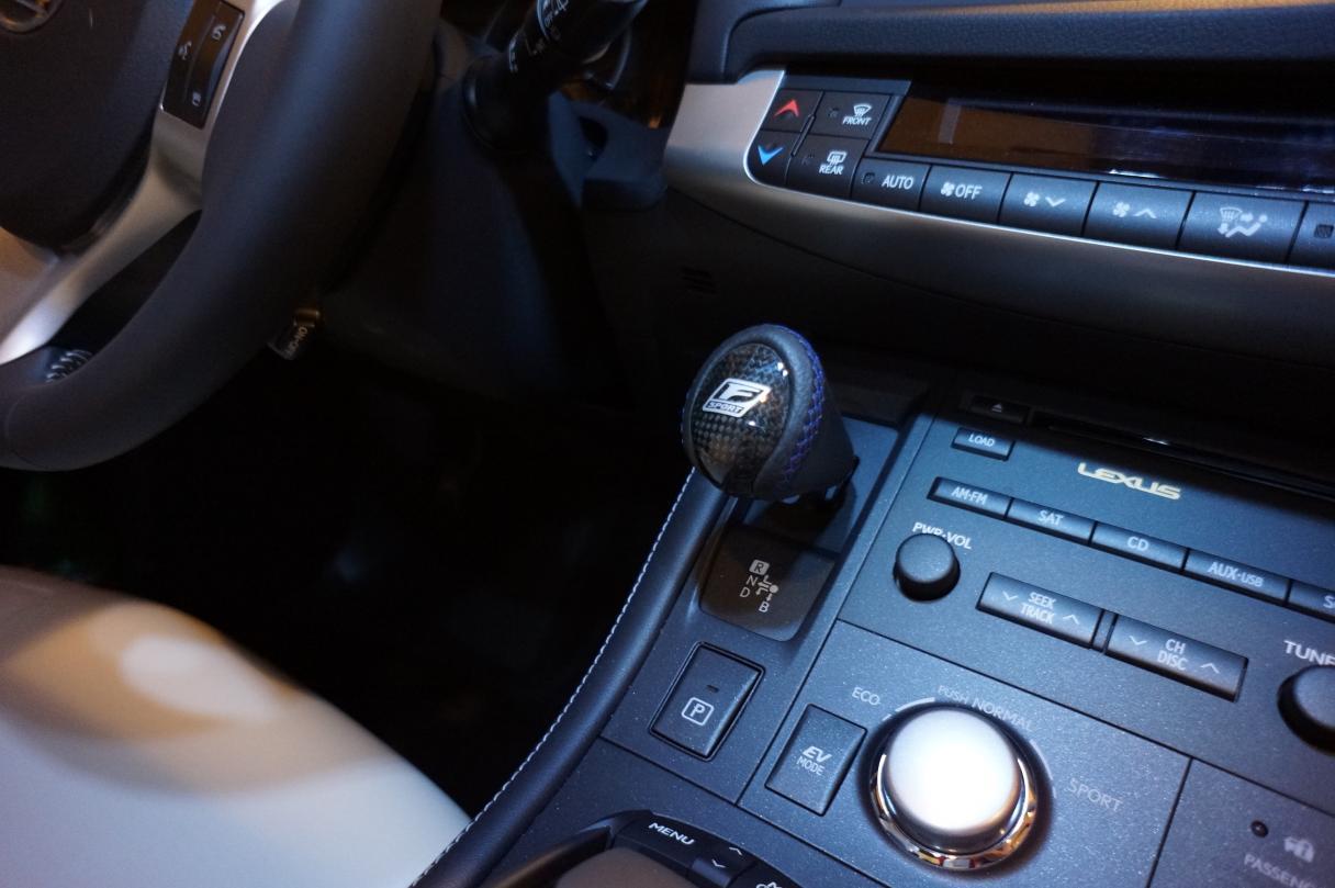 f-sports shift knob  cool !!!