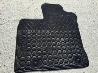 For Sale: CT200h All weather mats OEM and retractable cargo cover-img_1267.jpg