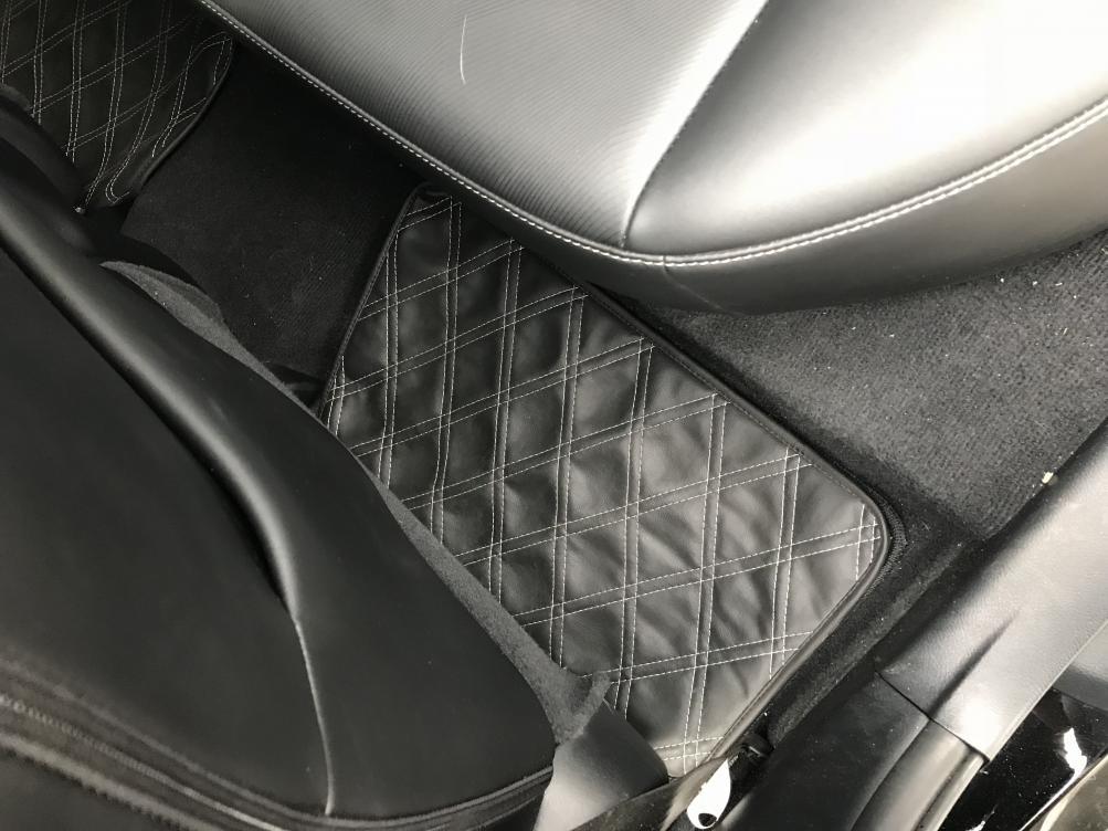 Custom made diamond stitched Dash mat, Floor mats, and trunk mat-img_2239.jpg