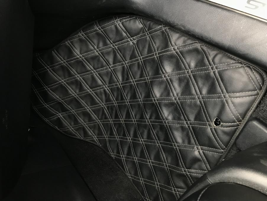Custom made diamond stitched Dash mat, Floor mats, and trunk mat-img_2242.jpg