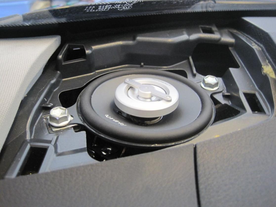 leonar40's speaker replacement thread-resize_infinity-speaker-installed-left.jpg