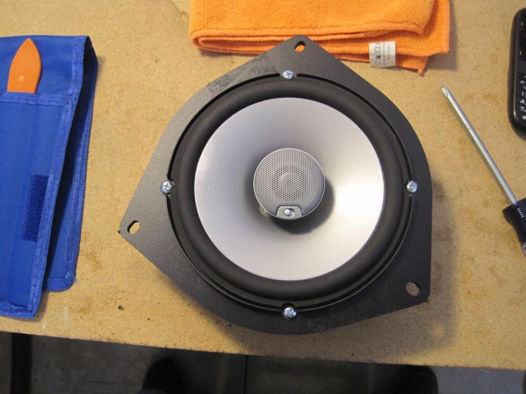 leonar40's speaker replacement thread-resize_speaker-adapter-installed-front.jpg