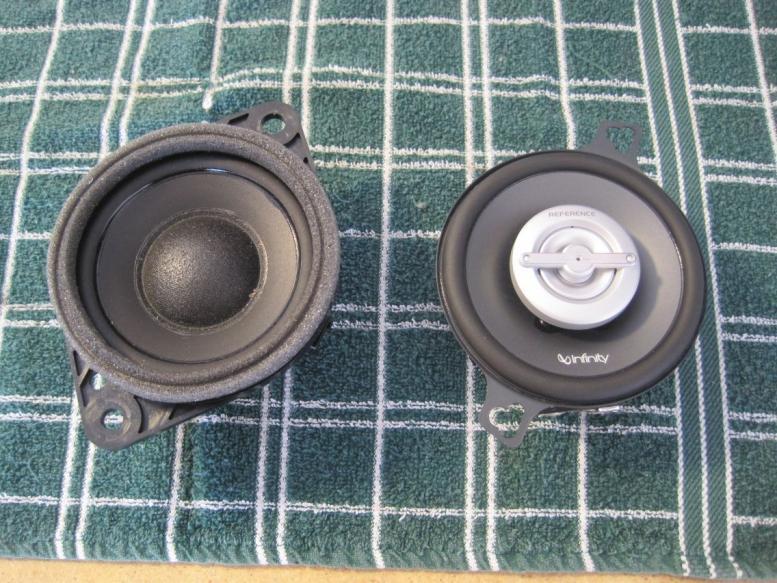 leonar40's speaker replacement thread-resize_speakers-sidebyside-top.jpg